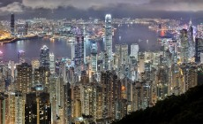 night-view-of-victoria-harbour-from-victoria-peak_Snapseed